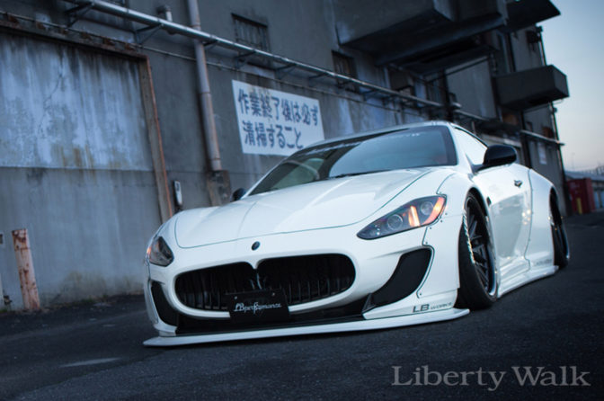 Liberty Walk Maserati GranTurismo MC Stradale Body Kit